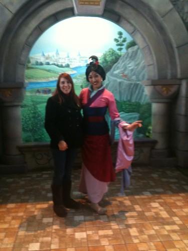 Meeting Mulan at Disneyland (California)