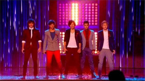 One Direction on 'The X Factor'! ♥