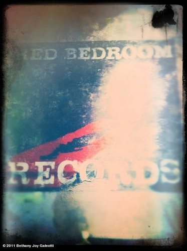 One TreeHill Last hari Onset RedBedroom Records