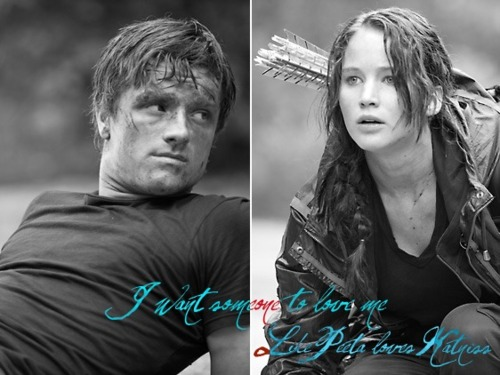 Peeta Mellark and Katniss Everdeen wolpeyper possibly with a portrait entitled Peeta and Katniss<3