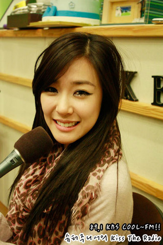 SNSD 'Kiss The Radio' KBS