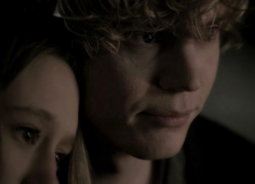 Tate and tolet, violet | American Horror Story