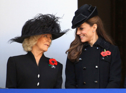 The Royal Family attend the Remembrance día Ceremony at the Cenotaph
