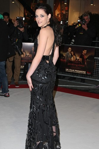 The Twilight Saga: Breaking Dawn Part 1 UK Premiere 16.11.11