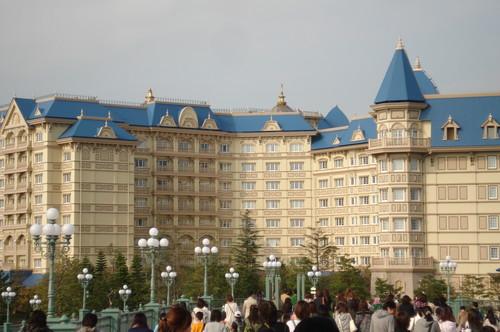 Tokyo Disney Land & Sea!