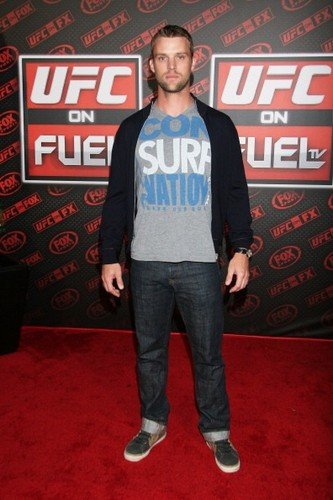 UFC on Fox Live Heavyweight Championship [November 12, 2011] - jesse-spencer Photo