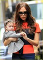 Victoria Beckham and Harper : FAO Schwarz for Storytime !