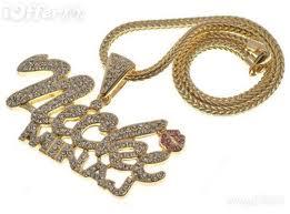 a nicki minaj chain