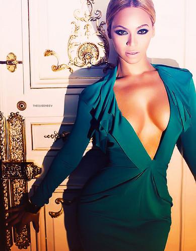 best female singer EVER!