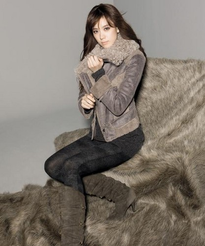 Han Hyo Joo wallpaper possibly containing a box coat, a hip boot, and an overgarment entitled hyo joo