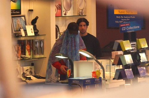 [December 26] Shopping at 'Sharper Image' in Beverly Hills, CA.