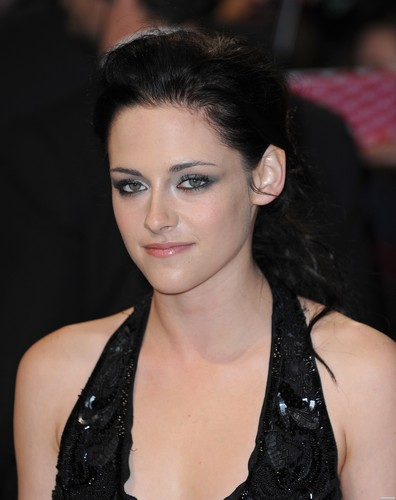 'The Twilight Saga: Breaking Dawn Part 1' London Premiere - November 16, 2011. [New Photos]