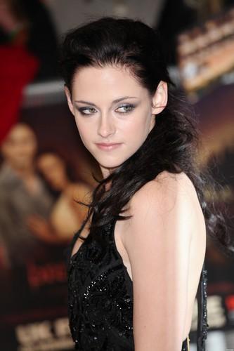 'The Twilight Saga: Breaking Dawn Part 1' london Premiere - November 16, 2011. [New Photos]