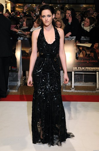 'The Twilight Saga: Breaking Dawn Part 1' 런던 Premiere - November 16, 2011. [New Photos]