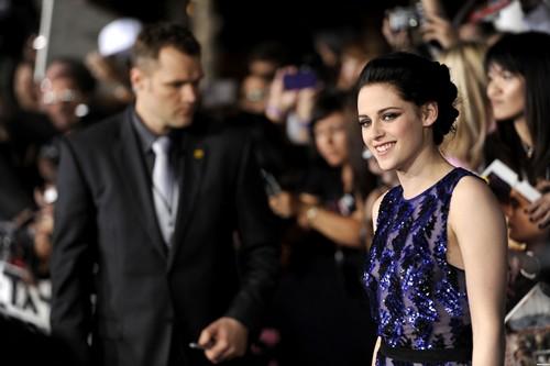 """The Twilight Saga: Breaking Dawn Part 1"" Los Angeles Premiere - November 14, 2011. [New Photos]"