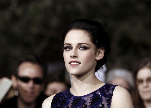 """The Twilight Saga: Breaking Dawn Part 1"" Los Angeles Premiere - November 14, 2011. [New Photos]"