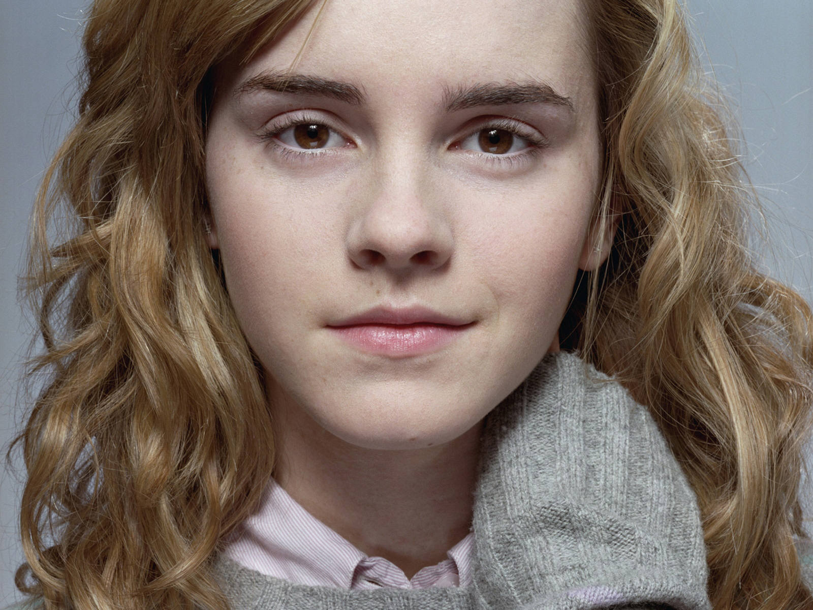 emma watson hermione essay Rhetorical analysis essay outline rhetorical analysis essay outline emma watson's speech to the un: grace hill introduction hook: when it popped up on the internet, and i was very impressed by how well-spoken she was i mean, after all, she was just hermione to me.