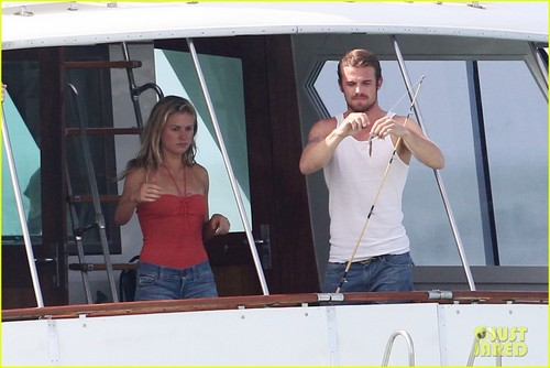 Anna Paquin & Cam Gigandet: 'Free Ride' ボート Time!