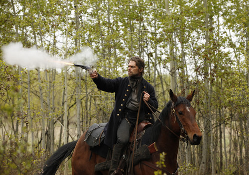 Hell on Wheels wallpaper with a horse trail, a horse wrangler, and a racehorse entitled Bolan (Ian Tracey) in Episode 3