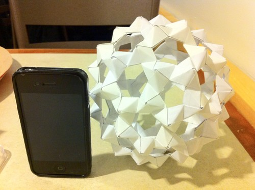 Origami wallpaper called Buckyball