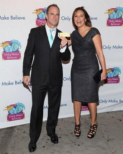 Chris & Mariska - Only Make Believe