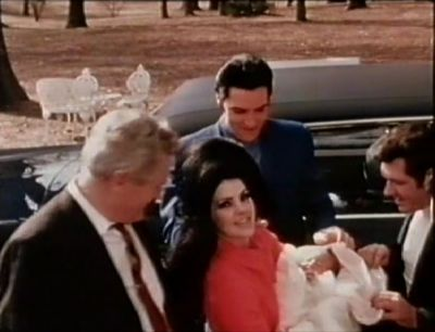 Elvis,Priscilla,Lisa and Vernon