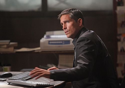 Episode 1.02 'Ghosts' Promotional Photo - john-reese Photo