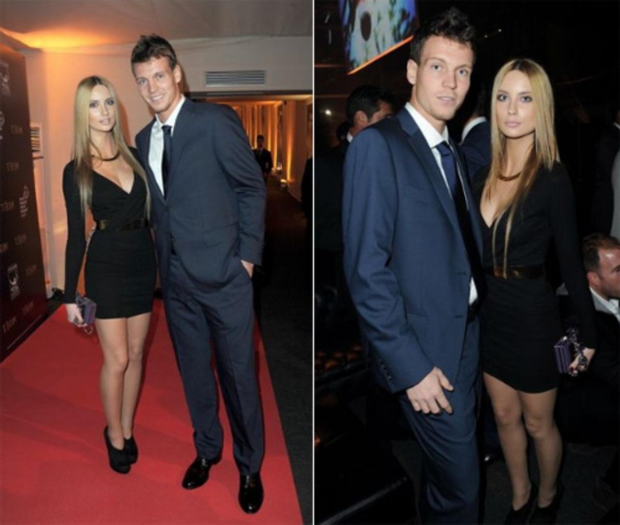Ester Satorova  is very very slim !!
