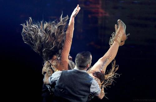 JENNIFER LOPEZ: 2011 AMERICAN 音楽 AWARDS PERFORMANCES