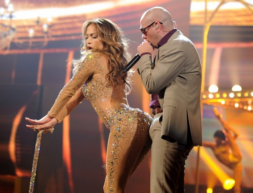 JENNIFER LOPEZ: 2011 AMERICAN MUSIC AWARDS PERFORMANCES