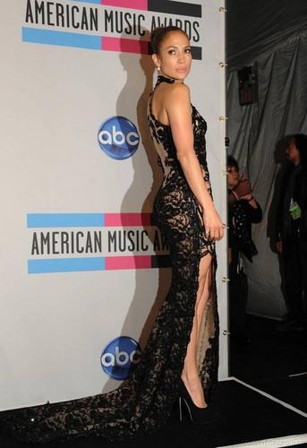 JENNIFER LOPEZ: 2011 AMERICAN 音楽 AWARDS WINNER