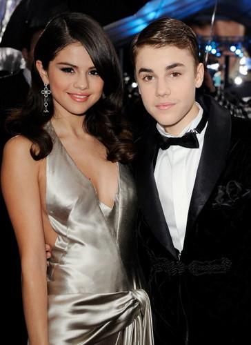 Justin and Selena at AMA