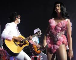 Katy Performing (California Dreams Tour)