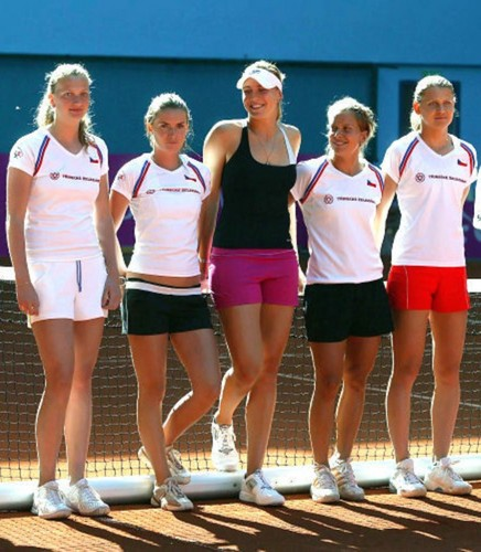 Kvitova,Vaidisova and Safarova in 2007