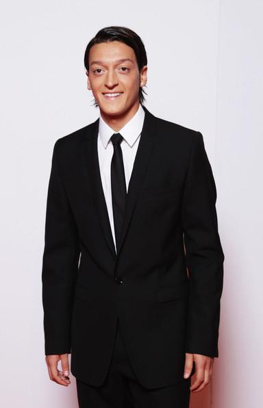 Mesut Özil (: