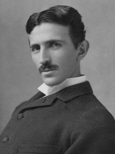 Nicola Tesla in 38. True foto without photoshop