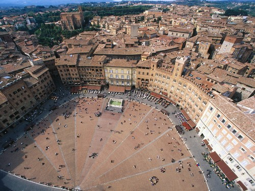Italy 바탕화면 possibly containing a business district called Piazza del Campo