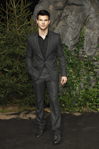 Premier Breaking Dawn Part 1 (Amanecer) en Germany (Alemania)