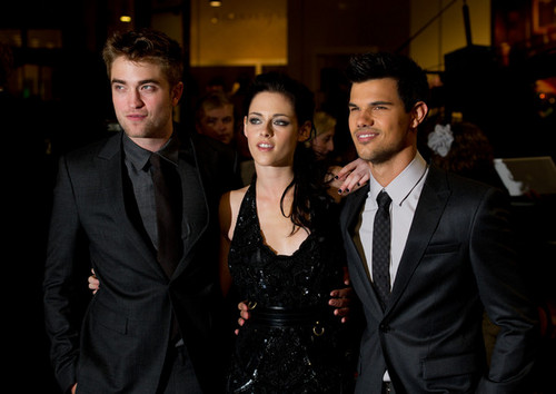Premier Breaking Dawn Part 1 (Amanecer) en London (Londres)