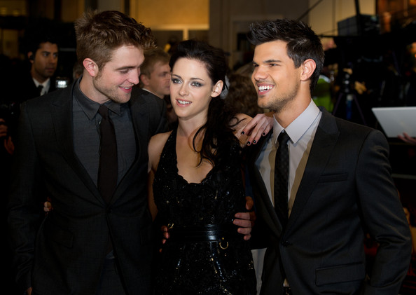 Premier Breaking Dawn Part 1 (Amanecer) en Londres (Londres)