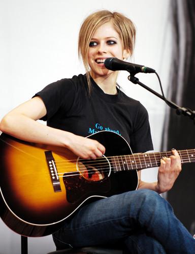 Avril lavigne wallpapers - Avril Lavigne Wallpaper
