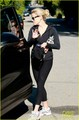 Reese Witherspoon Visits a Friend in Brentwood - reese-witherspoon photo