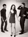 Robert, Kristen y Taylor en Entertainment Weekly - twilight-series photo