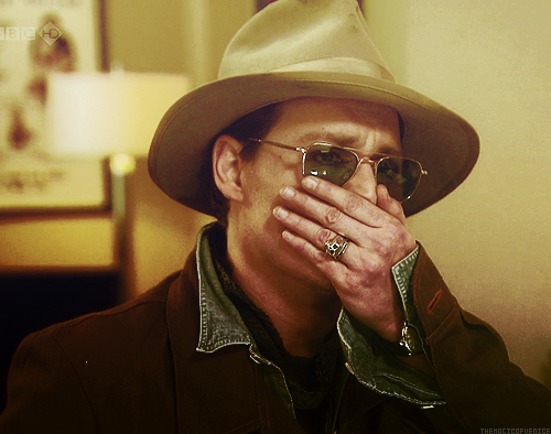 Johnny Depp wallpaper with a snap brim hat, a fedora, and a campaign hat titled Sad Johnny :'(