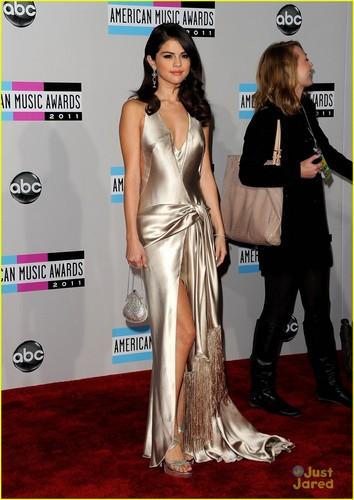 Selena Gomez & Justin Bieber: American موسیقی Awards 2011