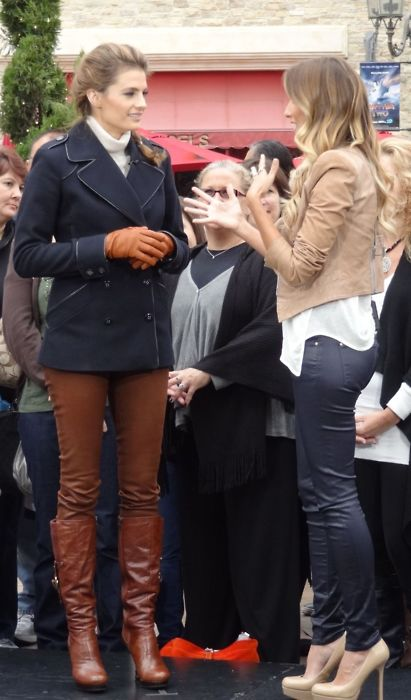 Stana at The Grove