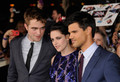 Venezuela en la Premier de Breaking Dawn Part 1 (Amanecer) en Los Angeles - twilight-series photo