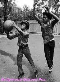 marlon and mike playin ball