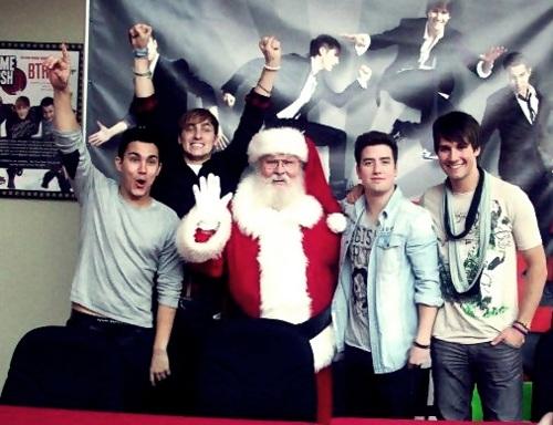 ☆ Big Time Rush ☆ w/Santa