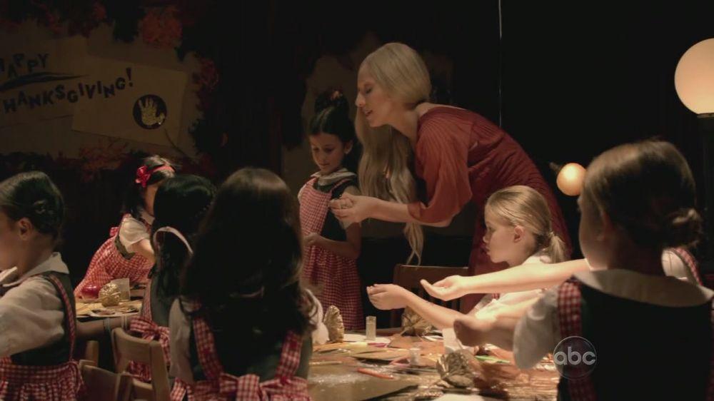 A Very Gaga Thanksgiving - Arts and Crafts at Sacred cuore